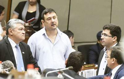 Ya hay firmas requeridas para tratamiento de modificación de ley de financiamiento político