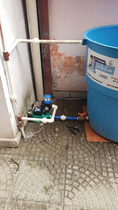 La Essap ofrece instalar tanques en viviendas con constantes problemas de provisión de agua