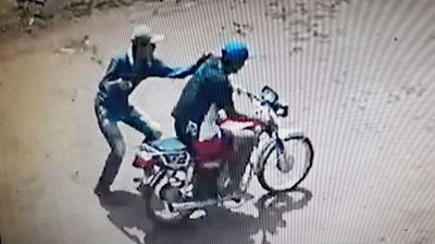 Motochorros mantienen en zozobra a pobladores de PJC