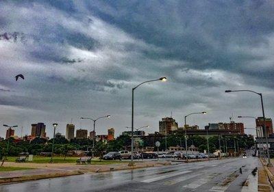 Lluvias, humedad y calor extremo continuarán durante la semana según Meteorología