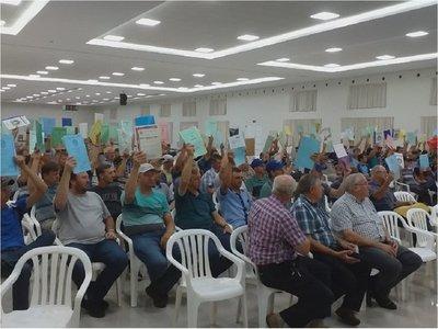 Caaguazú: Productores menonitas exhiben títulos de propiedad