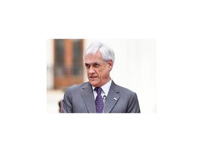 Aprobación a Piñera cae a 10% a doce semanas de la crisis