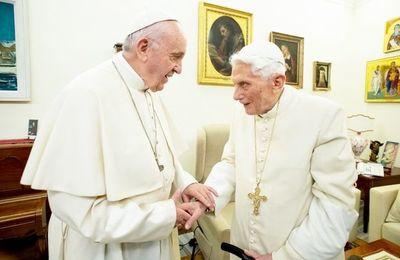 El celibato, de nuevo a debate en el Vaticano