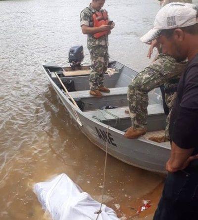 Rescatan cuerpos de menores del Río Monday