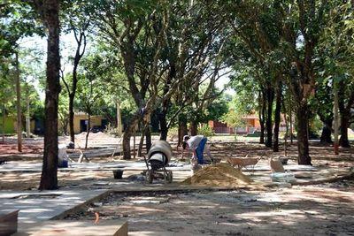 Expo Caazapá suspendida por remodelación de plaza