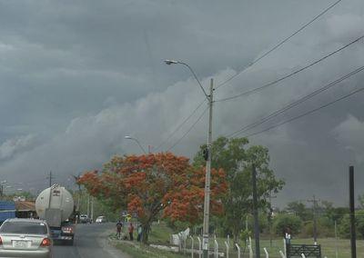 Alertan sobre tiempo severo en Región Oriental y Bajo Chaco