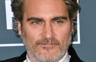 Las emotivas palabras de Joaquin Phoenix a su madre en los Critics' Choice Awards
