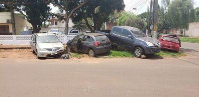 Policía pide destruir vehículos abandonados en comisarías