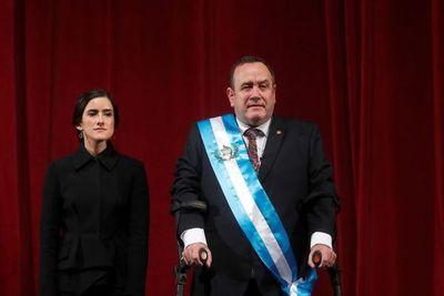 Asumió el nuevo Presidente de Guatemala
