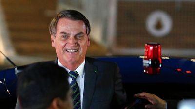 """Bolsonaro llama """"porquería"""" al documental"""