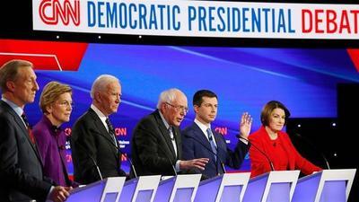 Último debate demócrata antes de las primarias en EEUU dividió a los candidatos