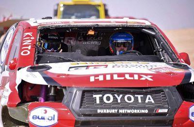 Alonso sufre un vuelco en la décima etapa del Dakar