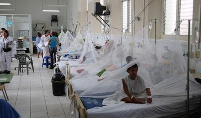 Establecen que vacunas anti dengue solo se administrará con receta médica