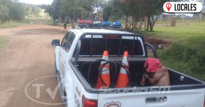 Un hombre encontró su «cable a tierra» tras ser detenido por la policía