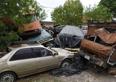 Policía Nacional espera autorización judicial para eliminar vehículos y motocicletas chatarras