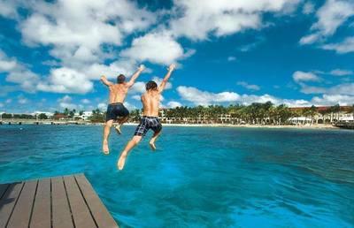 Tributación aclara que no investigará a publiquen fotos de vacaciones en el exterior