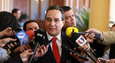 Gobernador de Central insta a la ciudadanía para que se acople en la lucha contra el dengue