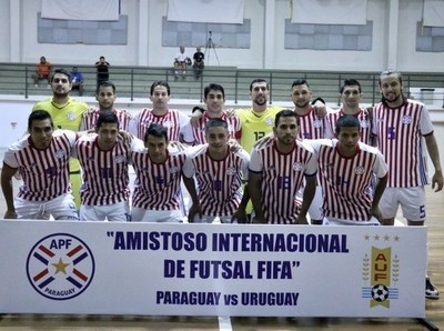 Albirroja logra segundo triunfo en amistoso ante Uruguay