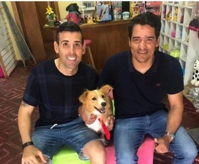 Edgar Camarasa rescató al perro que fue arrastrado por un motociclista