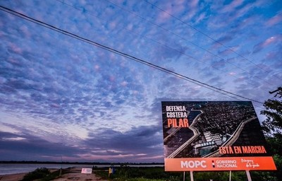 Pilar: histórica firma de contrato para la construcción de la Defensa Costera
