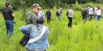 Familiares de Edelio cumplieron su anuncio y buscan a su hijo en el monte