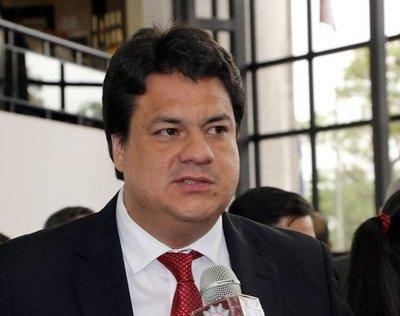 Añetete definirá en bancada posición sobre trazabilidad del dinero en campaña política