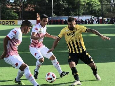 Guaraní y San Lorenzo sellan un empate sin goles en su debut del Apertura