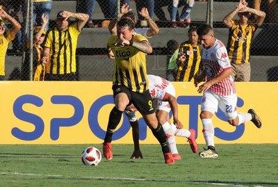 Guaraní empató en el debut ante San Lorenzo