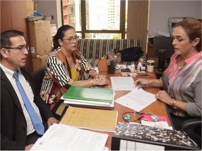 Amenazan a ex directora que denunció  cajas paralelas en la PMT y el Abasto