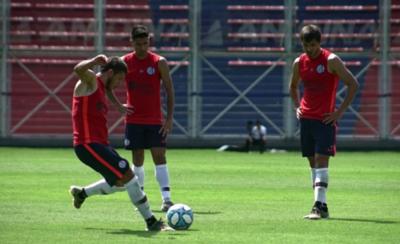 HOY / San Lorenzo gana amistoso con cuatro goles paraguayos