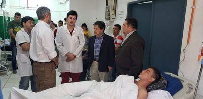 Abdo visitó a agentes del Grupo Lince heridos de bala