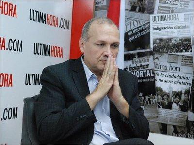 Fiscalía imputa al ex intendente de Asunción Mario Ferreiro