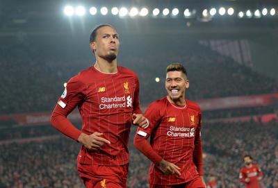 Liverpool se queda con el clásico ante Manchester United
