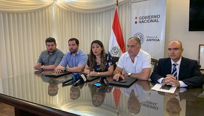 Renuncia la Ministra de Justicia Cecilia Pérez