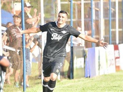 Tacuara le da el primer triunfo al equipo de Ramón