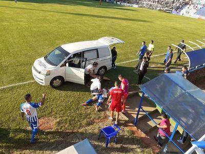 Montiel se retiró lesionado