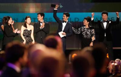Parasite, Joaquin Phoenix y Renée Zellwegger, los grandes ganadores de los SAG Awards 2020