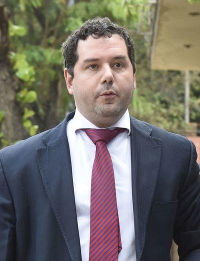 Hugo Volpe renuncia a Viceministerio ante sospechas de corrupción