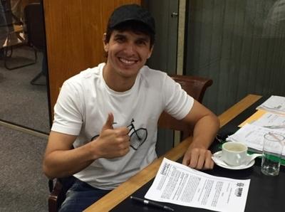 Pablo Zeballos es nuevo jugador del 12 de Octubre