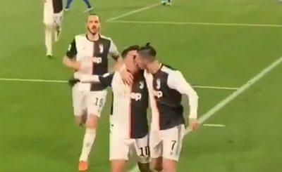 """Cristiano y Dybala, """"a los besos"""" en pleno festejo"""