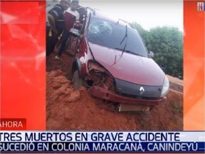 Policía protagoniza accidente que deja tres personas fallecidas