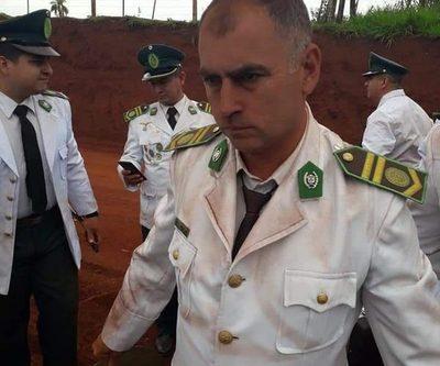 Músicos militares llegaron cubiertos de polvo rojo para inauguración de puente