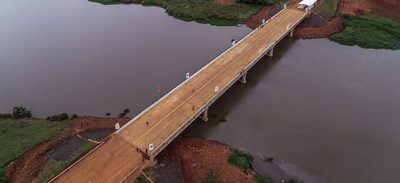 Inauguran puente sobre el río Acaray que beneficiará a 170.000 pobladores
