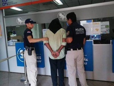 Expulsan a brasileño con orden de captura en su país