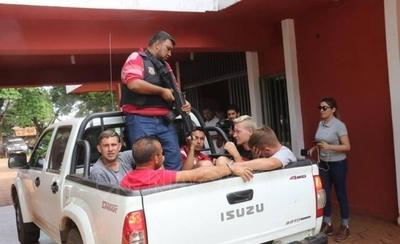 HOY / Concepción: detienen a 5 hombres armados, podrían tener nexos con fugados