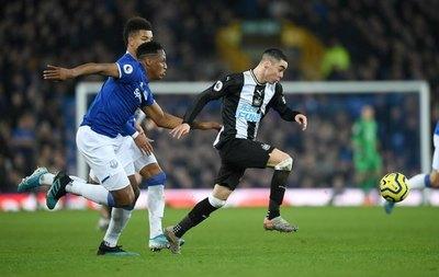 Heróico empate del Newcastle de Miguel Almirón en la Premier