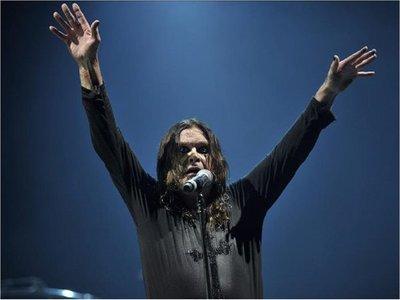 Ozzy Osbourne revela que padece párkinson desde el año pasado
