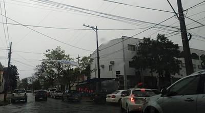 Miércoles cálido, húmedo y con probabilidad de lluvias, anuncia Meteorología