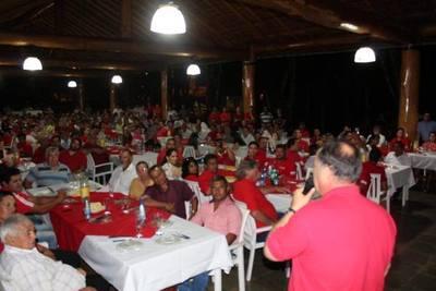 Afara y su grupo patean el tablero de unidad para presidir la Junta: lanzan al senador con discursos de choque