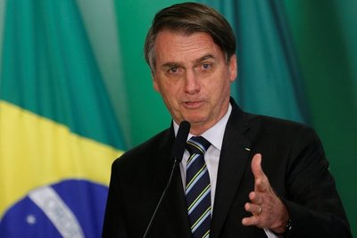"""A pesar de que Bolsonaro y sus """"salidas"""" enervan a europeos, canciller Rivas confía en acuerdo Mercosur- UE"""
